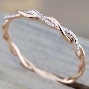 Rose infinity band ring